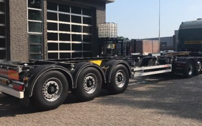 2 new container chassis